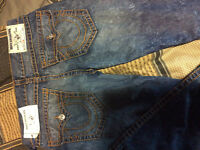 SELLING REAL TRUE RELIGION JEANS QUICK SALE !!!