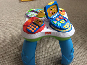 Fisher Price Laugh & Learn Musical Activity Table