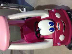 Little Tikes Pink Car gently used London Ontario image 1