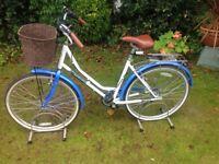 Ladies Viking Bordeaux Bike