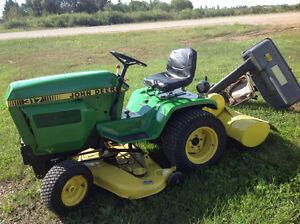 John Deere 317 riding tractor