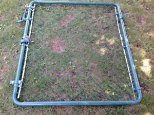 Green chain link gate - 39 inch W x 44.5 inch H w/hinges