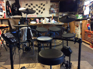 Electronic Drum Kit with Amp