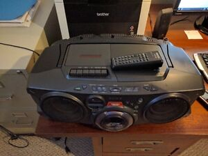 Sony Portble Stereo  Model CFD-G70