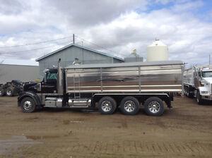 Tridrive Grain Truck