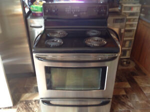 Kenmore electric , Stove / Range for sale