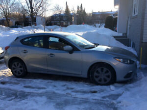 Mazda 3 2015 grise excellente condition 58000km manuelle