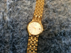 Mens dressy quartz citizen watch date gold in color  unsex