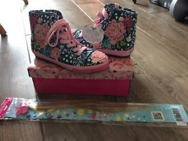 Lelli Kelly girls baseball boots new in box - size 3