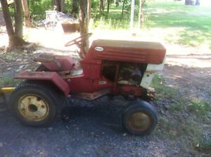 Tracteur 15hp MOTO-MOWER 1972(made in Canada)