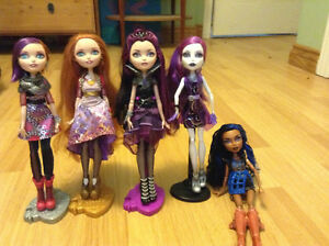 3 Ever After High & 1 Monster High Doll