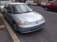 2003 Honda civic  1.7 L sedan Automatique