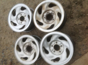 """4 NEW 16"""" RIMS TO FIT 2002 FORD F-150     $100.00.    LOCATED IN"""