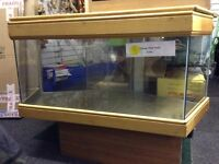 Corner fish tank 4ft X 2 ft with lid
