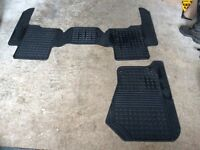DISCOVERY 3 RUBBER MATS