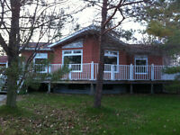 5 bedroom cottage  Sauble Beach weekly rental