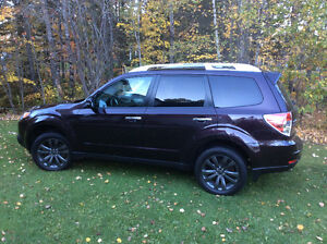 2013 Subaru Forester Hatchback Very low mileage
