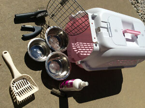 Beautiful pink dog canal/carrier . likes brand new !