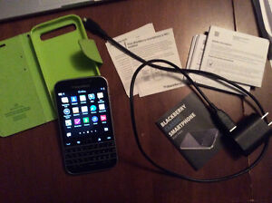 Blackberry Classic - like new condition