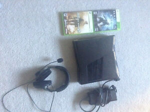 Xbox 360 slim come with turtle beaches both great condition London Ontario image 1
