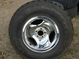 245/75/16 chromes rims with studded tires