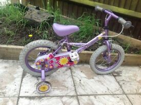 Apollo sweet pea Childs bicycle with stabilisers