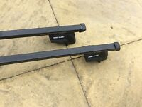 Mont Blanc lightweight roof bars, lockable with 2 keys