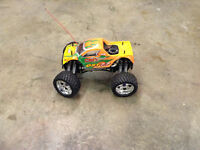 GST 7.7 wd rc truck