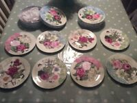 Set of 4 fine bone china floral dessert plates