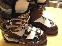 Youth SKI BOOTS 25.5