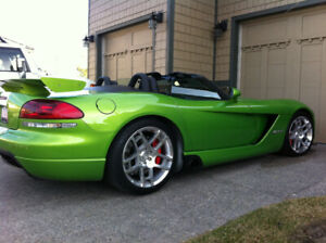 2008 Dodge Viper 720+ HP hennessey package