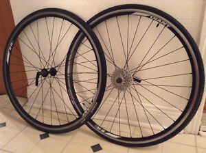 Roues SR2 700c Giant (wheelset , front and rear wheel)