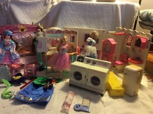 Barbie & Doll's  and house settings