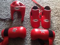 As New Sparring Kit (size large)