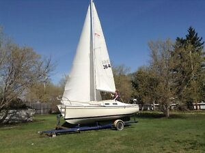 Chrysler 22' sailboat and trailer