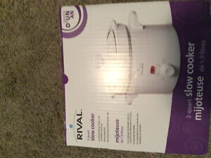 Brand new in box slow cooker