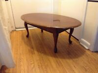 antique brown ovale coffee table
