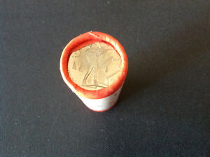 Canada 2007 25 cent coins paper roll