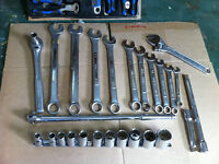 """Craftsman socket set and spanners. Sockets 7/16 to 1 1/4 -- 1/2"""""""