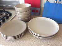 NEXT plate set