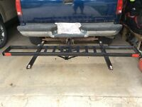 Heavy duty hitch mounted motorcycle carrier