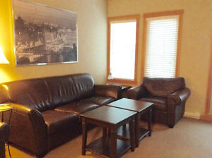 Beautifully upgraded Canmore condo - sleeps eight