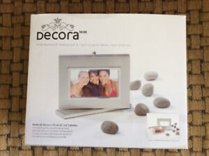 Photo Frame with Rotating Base- New!
