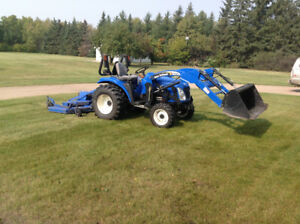 31HP NH Tractor, Loader & 3PT Hitch equipment