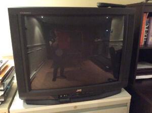 Télévision à donner , ecran 32. Pouces