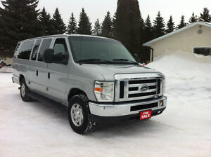 2010 FORD E350 XLT EXT CLUB WAGON 12 Poss. 15 PASSENGER