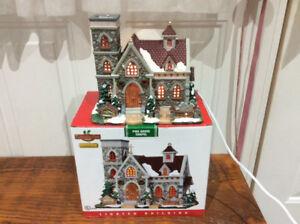 Set of 2  Ceramic Christmas Chapels