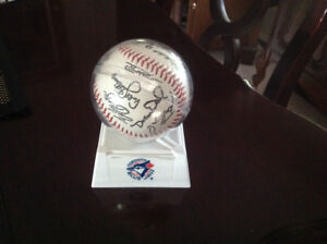 1992-93 WORLD SERIES BLUE JAYS AUTOGRPHED REPLICA BALL