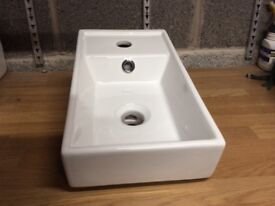 Small sink for cloakroom