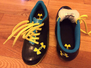 UnderArmour soccer cleats size 13 youth